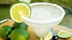 triple seco con jugo de limón