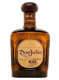 botella de tequila añejo de don julio