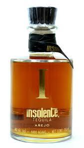 botella de tequila insolente