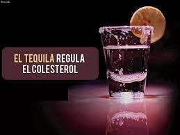 shot de tequila con rodaja de limón