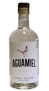 botella de bacanora aguamiel