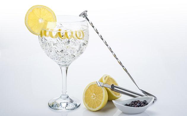 copa con gin tonic