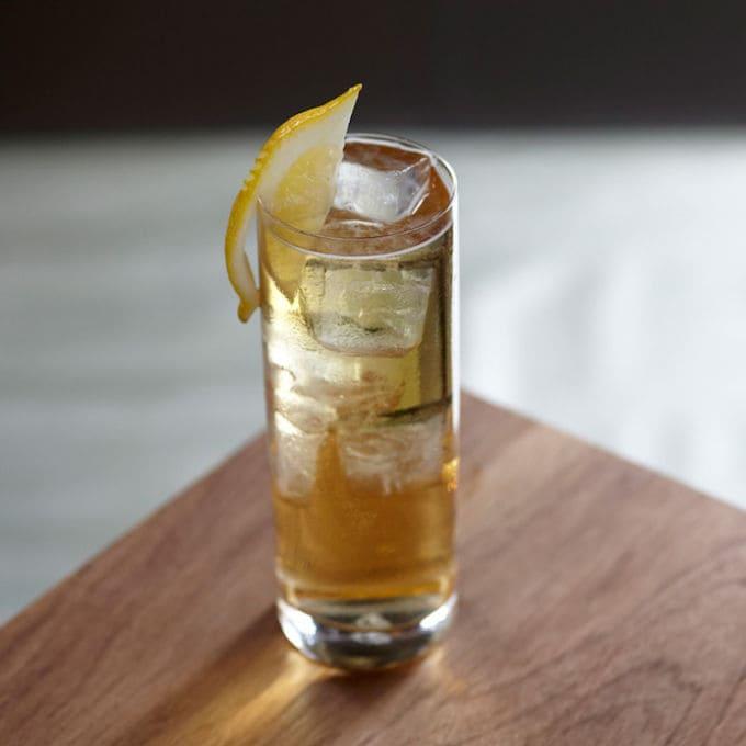 trago con whisky 7 & 7