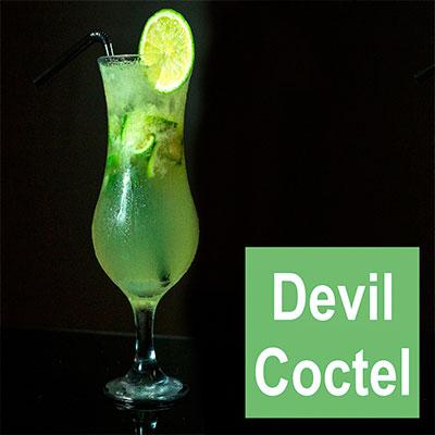 bebida con brandy devil coctel